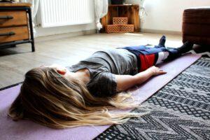 Yogi Schlaf Pose