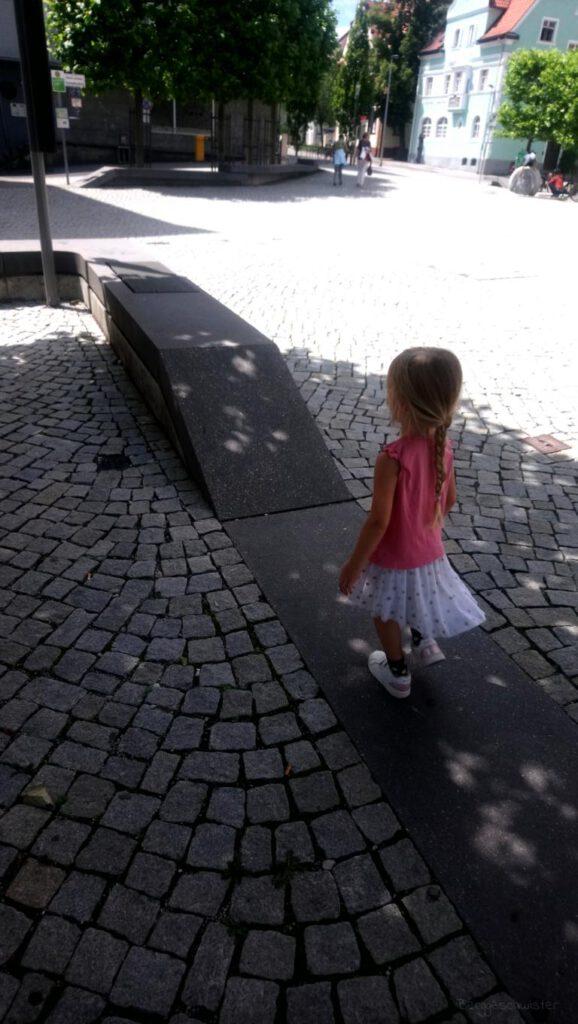 Mädchen in der Stadt