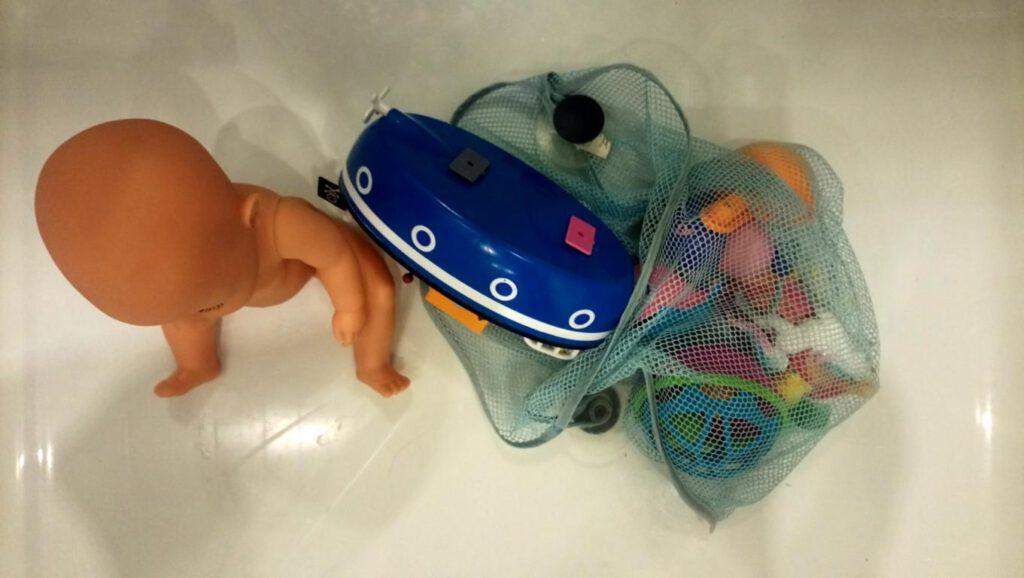Badespielzeug in Dusche