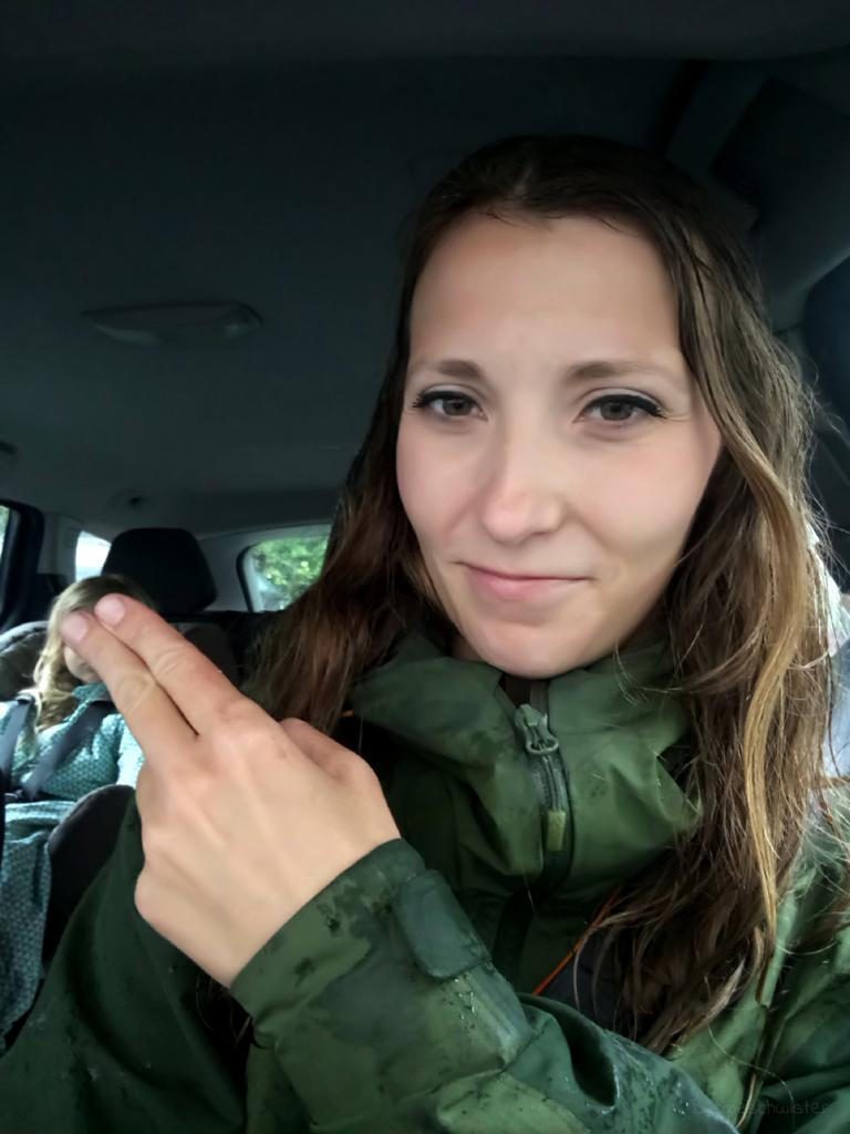 Jenny von Berggeschwister im Auto