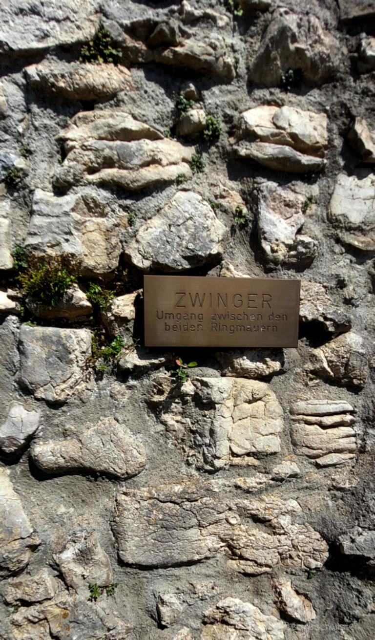 Burgruine Eisenberg Wandern mit Kindern im Allgäu Zwinger Ruine